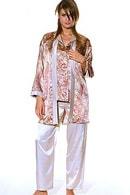 Пижама и коротенький халат