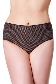 Pants: shorts