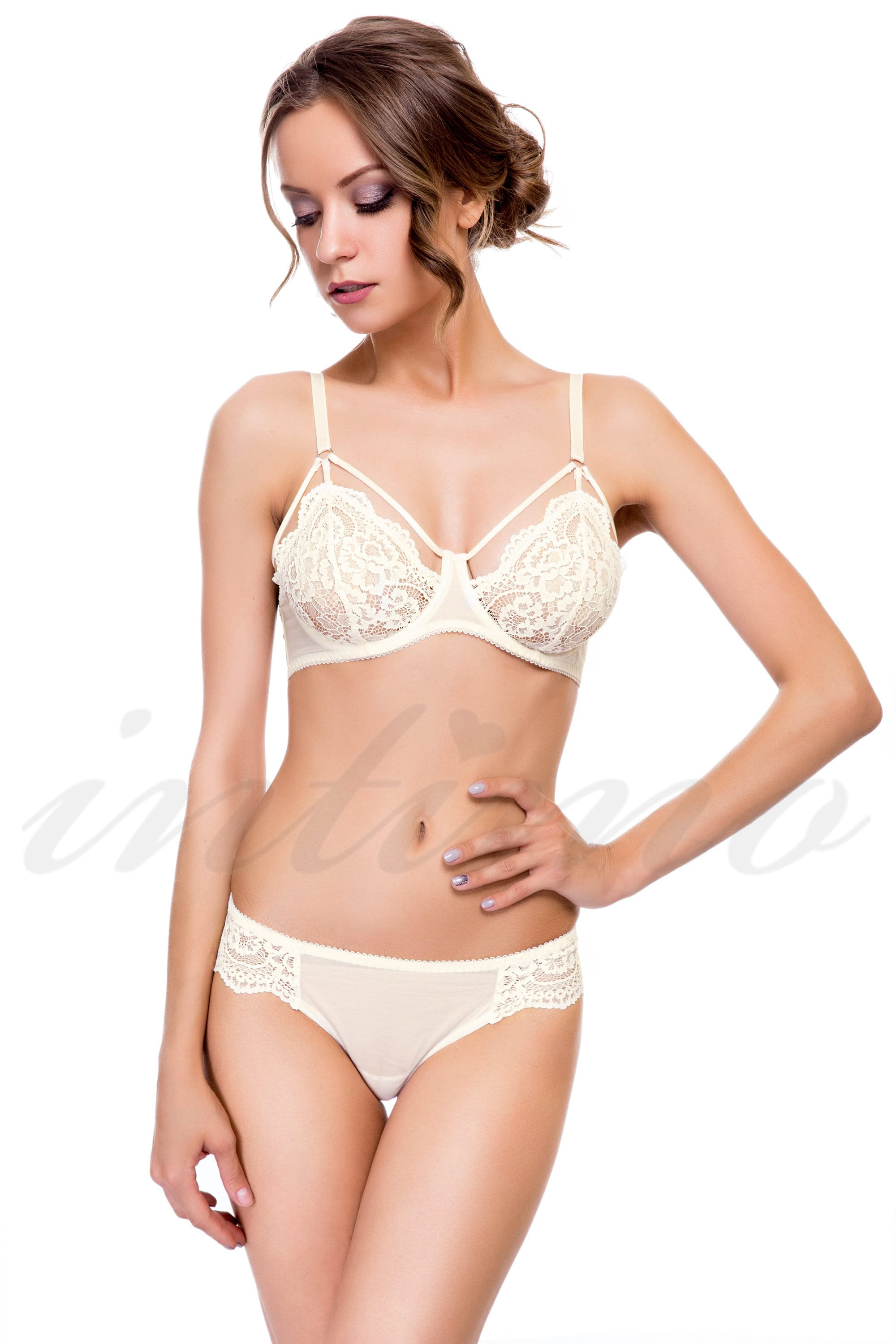 Set of underwear: bra with soft cup and Brazilian panties ...