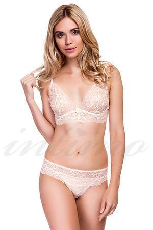 Фото девушек в нижним белье крупным планом снимает прокладку фото 315-188