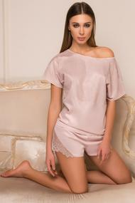 T-shirt and shorts, silk