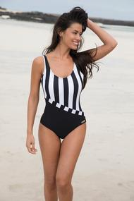 Swimsuit fused with compacted cup