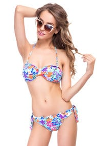 Defective goods: swimsuit with a cup compacted, melting slip